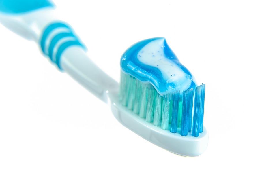 Blague 1er avril: brosse à dents